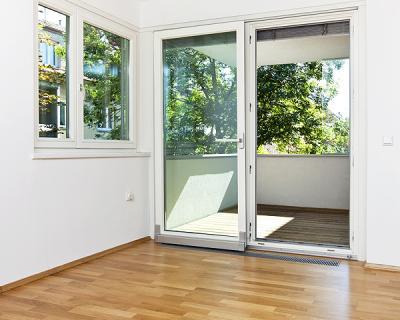 auswahl an fenstern u t ren in unterschiedlichen designs. Black Bedroom Furniture Sets. Home Design Ideas